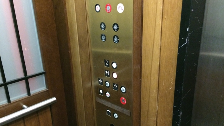 ホラー映画,エレベーター