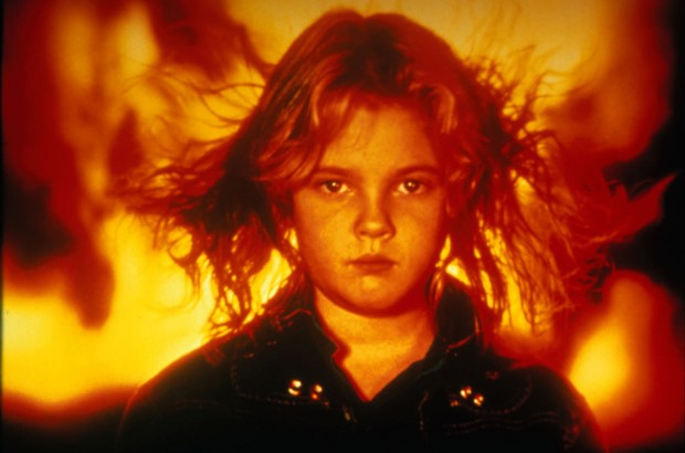 炎の少女チャーリー ドリュー・バリモア
