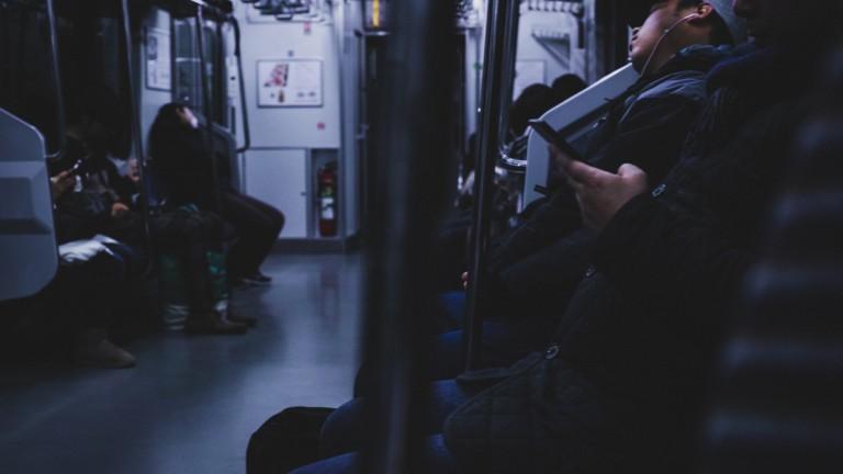 ホラー映画、地下鉄